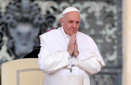 Papa Francisc a pornit in prima calatorie internationala dupa operatia la colon