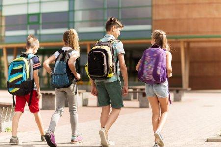 IN A RELATION<span style='background:#EDF514'>SHIP</span> | 20 de tineri spun ce frici si sperante au pentru noul an scolar. Sa treaca tot calvarul asta