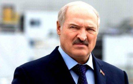 Belarus va cumpara din Rusia arme in valoare de peste un miliard de dolari