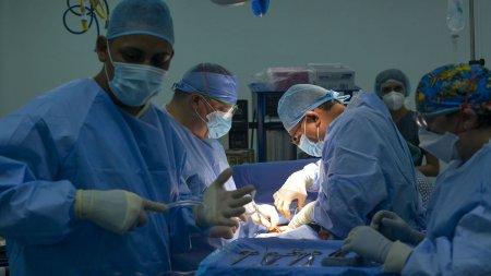 Femeie de 37 de ani cu tumoare craniana de 5 cm, operata de urgenta la Iasi: Am un baietel de 4 ani acasa pe care l-am lasat singur