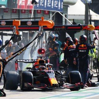 Verstappen gasit vinovat pentru a<span style='background:#EDF514'>CROS</span>ajul de la Monza. Penalizare pentru cursa urmatoare