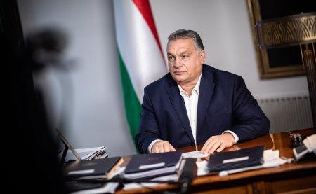 Intalnindu-se cu 'durul' Ungariei Papa vizeaza o relatie buna cu un lider contestat