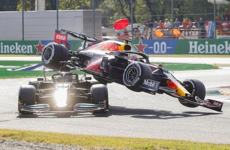 Accident spectaculos intre Hamilton si Verstappen. Daniel Ricciardo a profitat si a castigat Marele Premiu de Formula 1 al Italiei