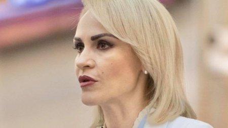 Gabriela Firea, dupa ce Nicusor Dan a eliminat voucherele materne: