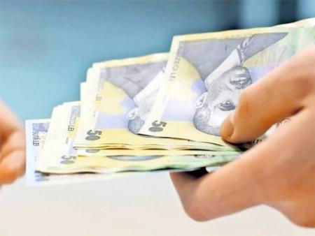Beneficiarii de ajutor social sunt motivati sa se angajeze. Ce prevede proiectul intocmit de Ministerul Muncii