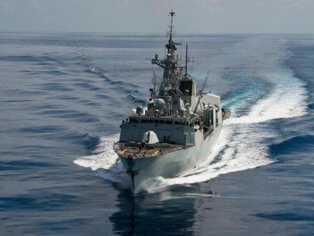 O nava rusa de <span style='background:#EDF514'>RECUNOASTERE</span> si sabotaj maritim a patruns in Canalul Manecii, in apropierea Marii Britanii