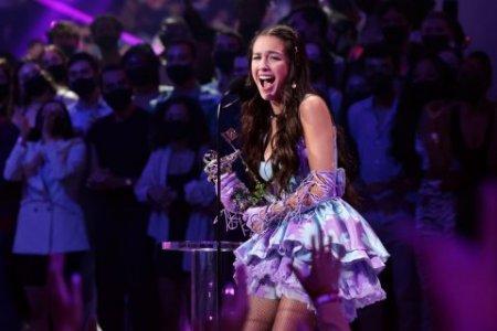 Marii castigatori ai MTV Video Music <span style='background:#EDF514'>AWARDS</span> 2021. Cum a decurs gala (VIDEO)