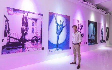 Primul vernisaj al artistului plastic David Podut a fost un real succes. Braiconf a cumparat toate tablourile