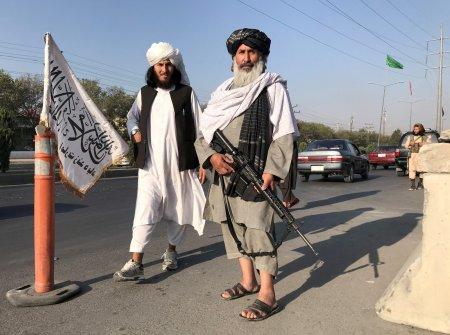 Arme din toata regiunea Balcanilor in mainile talibanilor din Afganistan