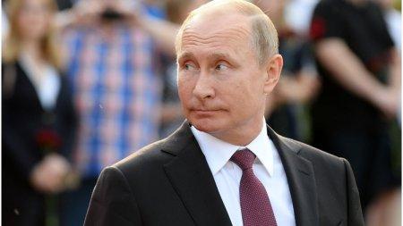 Vladimir Putin s-a autoizolat dupa <span style='background:#EDF514'>INREGISTRAREA</span> mai multor cazuri de infectare cu COVID-19 in anturajul sau