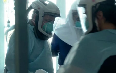 Crestere dramatica a ratei de infectari. <span style='background:#EDF514'>JUDETUL SATU MARE</span> a intrat in scenariul galben, ar putea urma Clujul si Bistrita