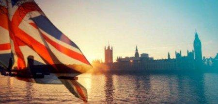 Regatul Unit amana introducerea de controale vamale complete asupra importurilor din UE