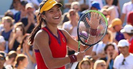 Cum au aratat Emma Raducanu, Naomi <span style='background:#EDF514'>OSAKA</span> si Serena Williams pe covorul rosu Met Gala