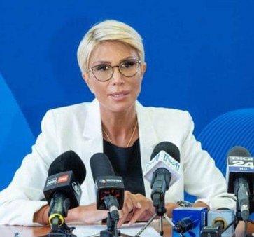 T<span style='background:#EDF514'>URCAN</span>: 'Legea consumatorului vulnerabil trebuie transmisa urgent spre promulgare presedintelui Klaus Iohannis'