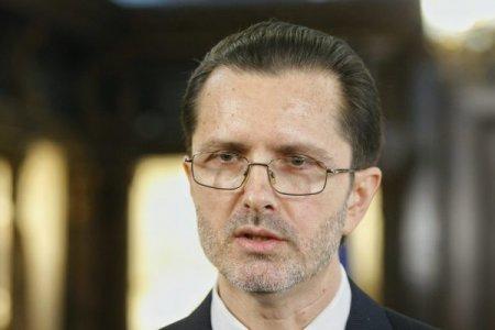 Vasile Banescu: UE nu poate impune Romaniei recunoasterea casatoriilor intre persoane de <span style='background:#EDF514'>ACELASI SEX</span>