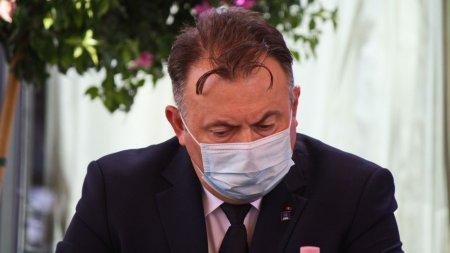 Nelu Tataru va propune vaccinarea obligatorie sau testarea saptamanala pentru medici, profesori, politisti, pompieri sau <span style='background:#EDF514'>JANDARMI</span>