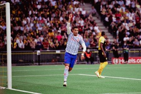 Cristiano Ronaldo marcheaza primul gol al sezonului in grupele Champions League