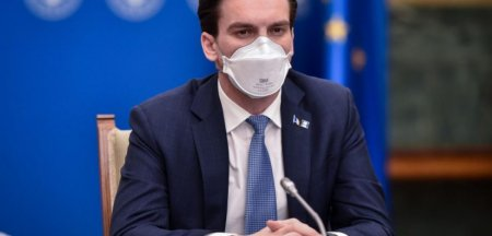 Andrei Baciu: Valul 4, probabil cel mai intens. Sfarsitul pandemiei se va intampla intr-o maniera ne<span style='background:#EDF514'>UNIFORMA</span>