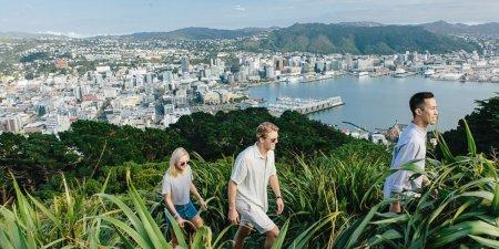 Petitie pentru a schimba oficial numele Noii Zeelande. Noul nume propus e fabulos