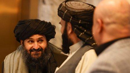 Scandal la Kabul intre talibani. Mullahul Baradar si un lider Haqqani s-au injurat iar sustinatorii lor s-au <span style='background:#EDF514'>INCAIERA</span>t
