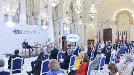 Implementarea proiectului 'Romania Educata' in viziunea elevilor si <span style='background:#EDF514'>STUDENTILOR</span>