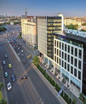 Stocul modern de birouri din Bucuresti a depasit 3 mil. mp in 2021, iar tranzactiile cu spatii de birouri au aparut din nou pe radarul dezvoltatorilor