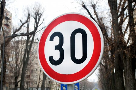 Limita de viteza de 30 km/h. In ce mare oras a fost impusa restrictia