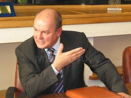Marin Anton, condamnat la 5 ani de inchisoare cu executare. Are de respectat un <span style='background:#EDF514'>JURAMANT</span> de viata si de moarte