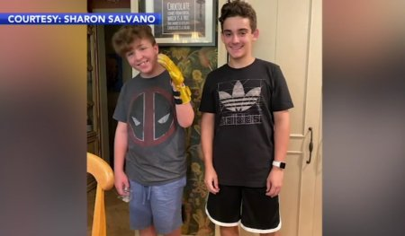 Un baiat de 14 ani a construit, cu ajutorul unei imprimante 3D, o proteza pentru prietenul lui