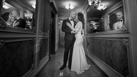 Emotiile unui <span style='background:#EDF514'>FOTOGRAF</span> de nunta