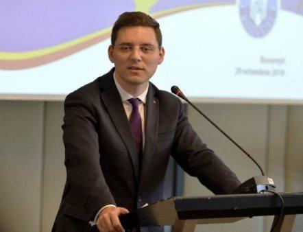 VICTOR NEGRESCU: 'Romania a lipsit din <span style='background:#EDF514'>DISCURS</span>ul presedintei Comisiei Europene privind Starea Uniunii'