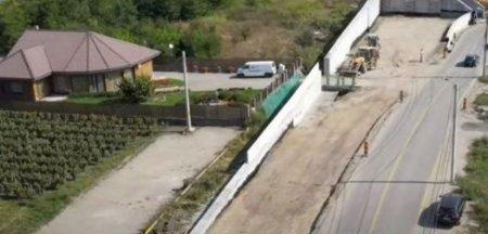 Cosmarul trait de o familie cu locuinta la cativa metri de santierul autostrazii A10. Cere daune de 120.000 de euro VIDEO