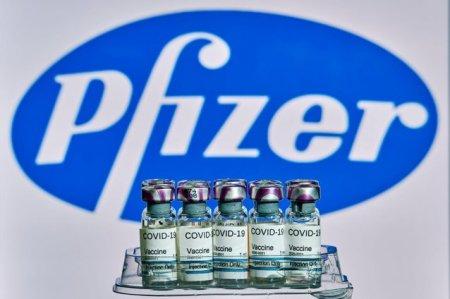 Pfizer anunta ca datele din I<span style='background:#EDF514'>SRAE</span>l arata ca a treia doza restabileste protectia la 95%