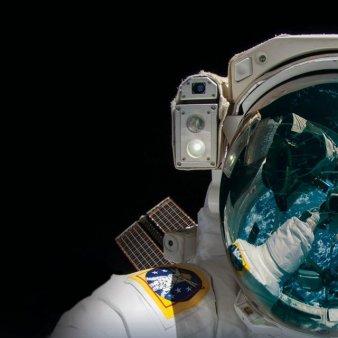 Primii astronauti amatori au ajuns pe or<span style='background:#EDF514'>BITA</span>, unde vor petrece trei zile