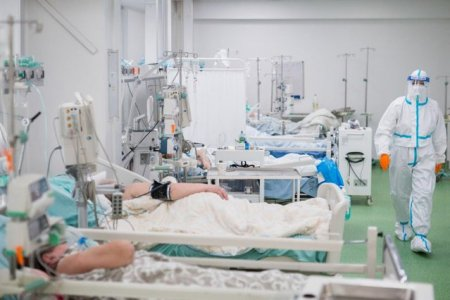 La Suceava, nu mai sunt locuri la Terapie Intensiva. Situatia unui pacient bolnav cu Covid, nevoit sa stea o noapte la Urgente