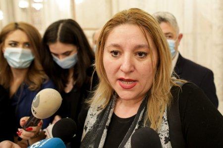 Canalul de <span style='background:#EDF514'>YOUTUBE</span> al Senatului, suspendat din cauza Dianei Șosoaca