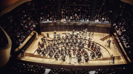 Ba<span style='background:#EDF514'>LADA</span> lui Enescu, pe scena Festivalului, dupa ce s-a viralizatde ziua compozitorului