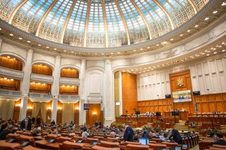 Facturi uriase pentru Palatul Parlamentului! Pretul curentului electric a crescut cu 61%