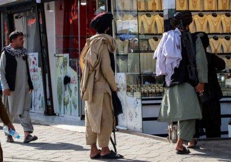 Cum arata viata in Afganistan, dupa o luna de cand talibanii au preluat puterea