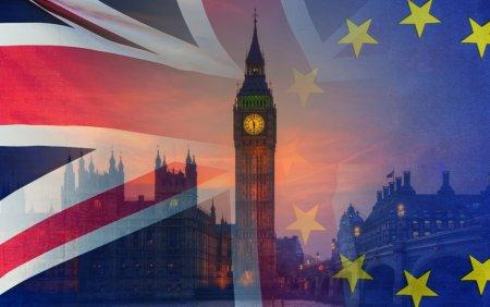 Peste 5,5 mil. de europeni au cerut <span style='background:#EDF514'>REZIDENTA</span> in UK, dupa Brexit. Cei mai numerosi: polonezii, romanii si italienii