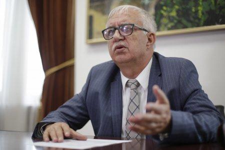 Augustin Zegrean trage semnalul de alarma: Romania nu este stat de drept!. Vom avea MCV pana la <span style='background:#EDF514'>SFARSITUL LUMI</span>i