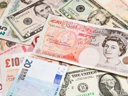 Irlanda de Nord acorda fiecarui cetatean adult 100 de lire sterline in incercarea de a impulsiona <span style='background:#EDF514'>INDUSTRIA</span> HoReCa