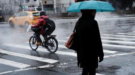 Frig si ploi saptamana urmatoare in Romania. Prognoza meteo pentru urmatoarele patru saptamani