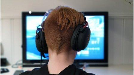 Un adolescent din Spania a fost internat din cauza dependentei de un joc pe <span style='background:#EDF514'>CALCUL</span>ator