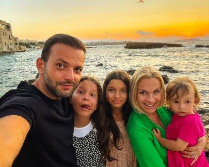 Cati bani plateste Mihai Morar pentru scoala fetelor sale. Unde invata gemenele: Nu exista o investitie mai buna decat aceea in educatie