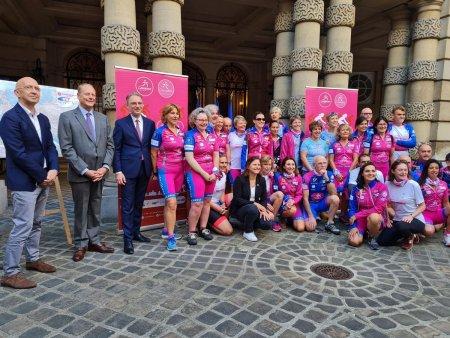 4.000 de kilometri pe bicicleta, intre Paris si Bucuresti, impotriva cancerului mamar: Nu poti schimba lucrurile decat prin forta propriului tau exemplu