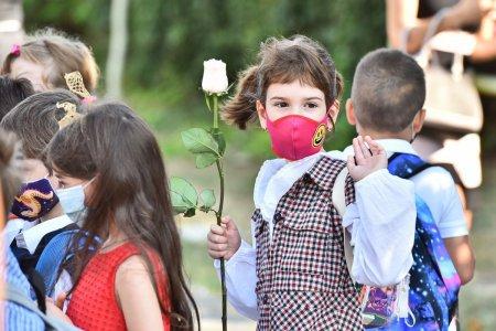 46 de copii si 11 angajati din scolile din Bucuresti, confirmati cu COVID-19 in primele zile din noul an scolar
