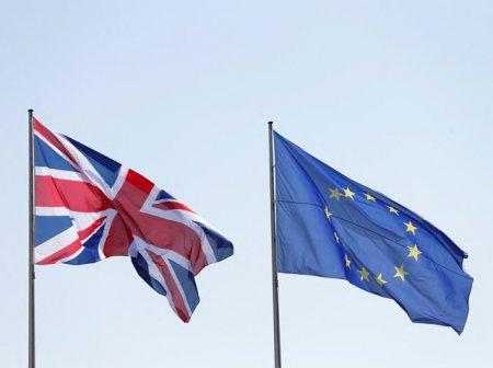 UE va propune Marii Britanii sa participe la un parteneriat in domeniul apararii