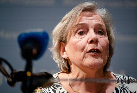 Ministrul olandez al Apararii demisioneaza, pe fo<span style='background:#EDF514'>NDUL</span> criticilor privind evacuarile din Afganistan