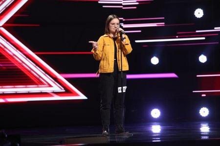 X Factor 2021, 17 septembrie. <span style='background:#EDF514'>GIORGI</span>ana Nutu i-a impresionat pe jurati cu piesa Superficial Love a lui Ruth B.